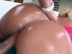 Pussy pleased blonde giving titjob in return