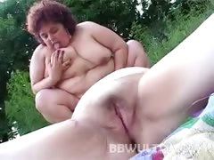 Rosza Plump Pussy Licking