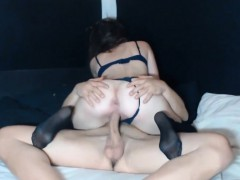 Girlfriend enjoys boyfriends large cock