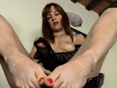 Babe Lacy With Sex Toy And Nylon Stockings