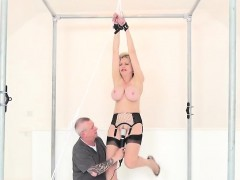 Adulterous British Milf Lady Sonia Shows Off Her Massive Hoo