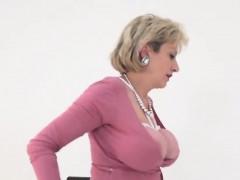 Unfaithful Uk Mature Gill Ellis Presents Her Heavy Tits