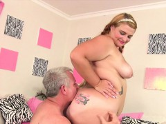 Chubby slut Tiffany Star gets kissed on her ass and licked