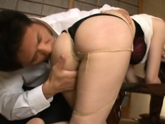 Slim Milf Fels Big Wang In The Pussy For A Complete Hardcore