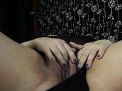 Chubby Wife Rubs Her Wet And Loose Pussy