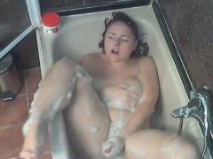 Big Chick Masturbates In The Shower