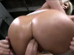 Big butt blonde whore gets her juicy ass rammed real hard