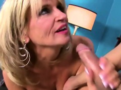Mature Justine Is Fingered Complex