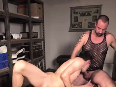 Hot bearded daddy gets hard ass railed by big cock twink