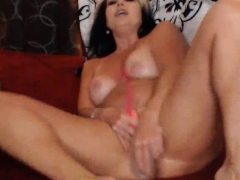Old Super Horny Milf Still Squirting A Fountain