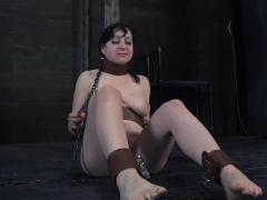 Beauty in latex suit gets wild love tunnel and anal prodding