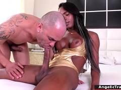 Black Trans Babe Barebacked By Big Cock